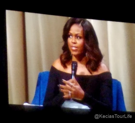 Dec-11-2018-Michelle-Obama-Book-Tour-9