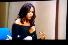 Dec-11-2018-Michelle-Obama-Book-Tour-13