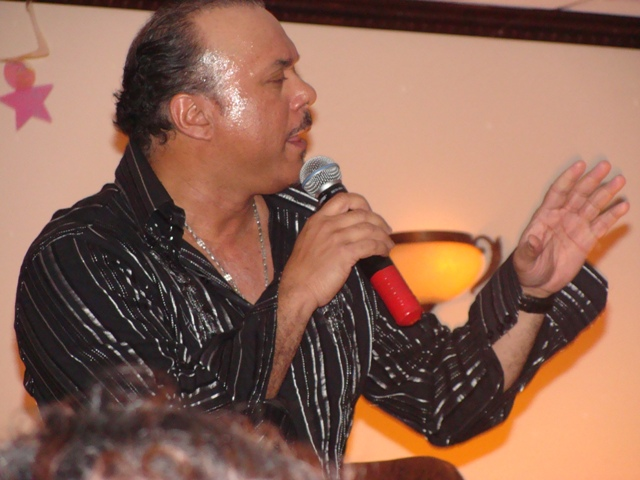 Apr-10-2009-Howard-Hewett-30