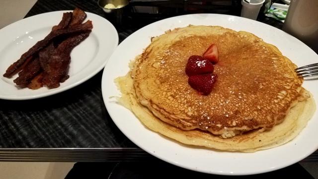 motorcity-lodge-diner-breakfast