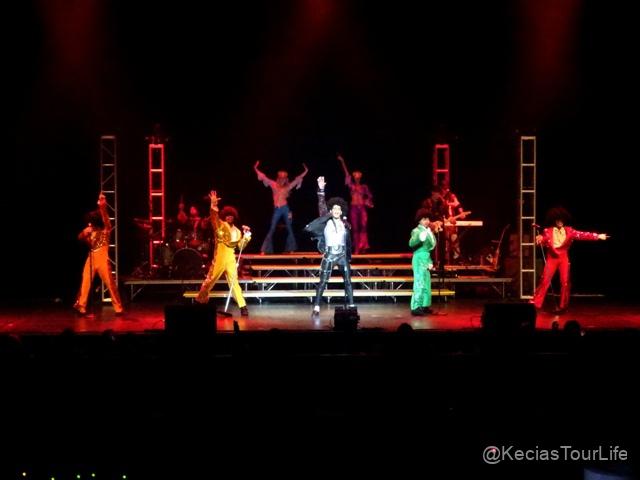 04Nov-16-2018-MJ-LIVE-3
