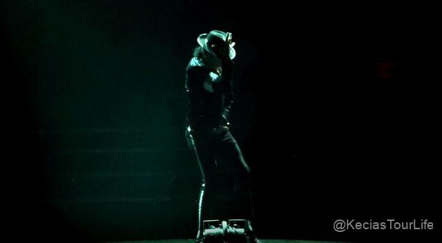 05Nov-16-2018-MJ-LIVE-8